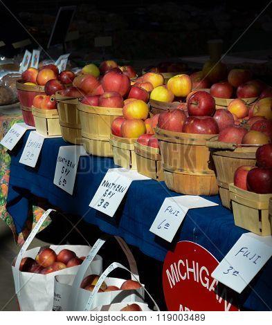 Detroit Eastern Market Apples