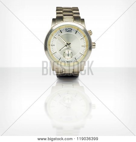 Wristwatch with reflection