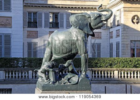 Paris, France -18 December 2011: Elephant Statue In Front Of Museum D'orsay In Paris