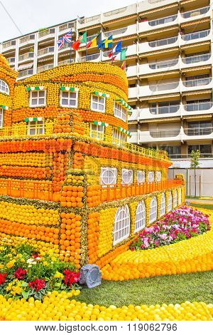 Menton, France - February 14, 2016: Art Made Of Lemons And Oranges In The Famous Lemon Festival (fet