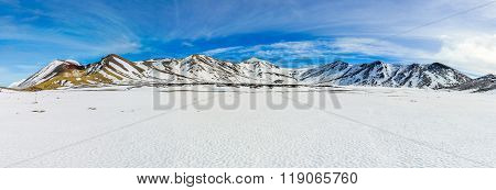 Snowy Mountains Of Central Crater In The Tongariro National Park, New Zealand
