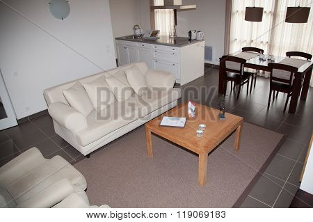 Cosy Flat - White Sofa In White  Living Room