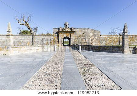 city wall Double Gates in Almeida