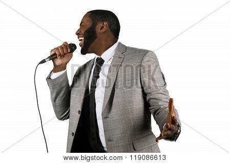 Expressive black singer.