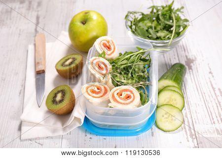 sandwich wrap, lunch box