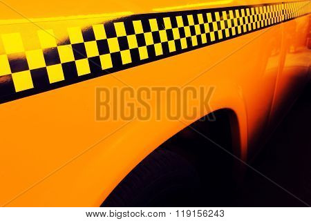 Yellow Cab Taxi, Detail on the side of Taxi Checker