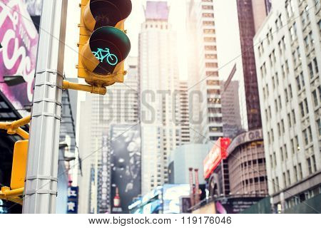 Green for bicycle lane on traffic light