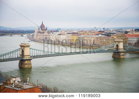 Chain Bridge  at day