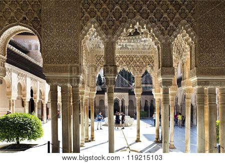 Alhambra Court Of The Lions