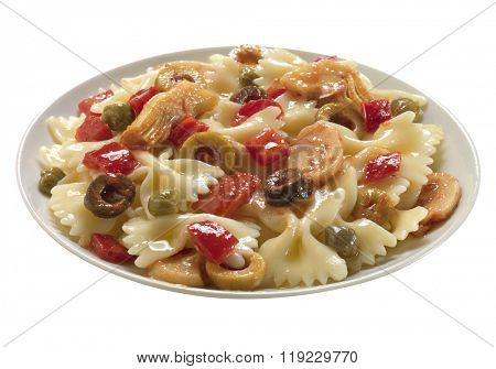 pasta with pepper, olive and other ingredients