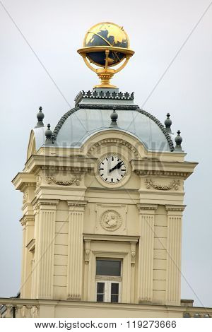 Johannes Kepler  Statue On Vienna Facade With Gold Globus On The Top