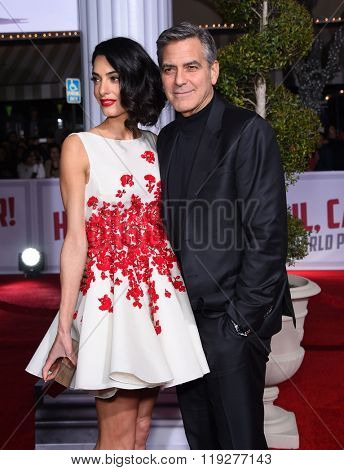 LOS ANGELES - FEB 01:  George Clooney & Amal Alamuddin arrives to the