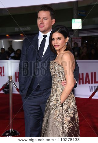 LOS ANGELES - FEB 01:  Channing Tatum & Jenna Dewan-Tatum arrives to the