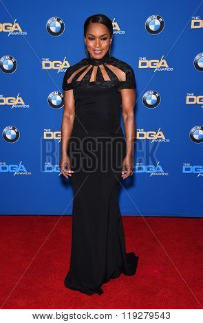 LOS ANGELES - FEB 06:  Angela Bassett arrives to the Directors Guild Awards 2016  on February 06, 2016 in Century City, CA.