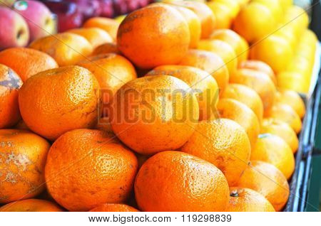 Oranges on the counter in the fruit market
