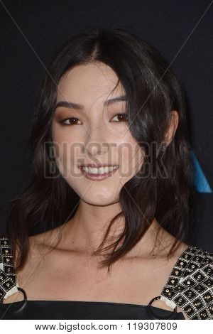 LOS ANGELES - FEB 22:  Natasha Liu Bordizzo at the Crouching Tiger  Hidden Dragon - Sword of Destiny Premiere at the AMC Universal Citywalk on February 22, 2016 in Universal City, CA