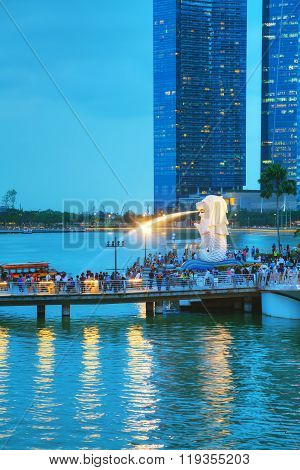 Overview Of The Marina Bay With The Merlion In Singapore
