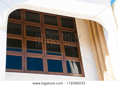 The window shades :As part of the houses and buildings.