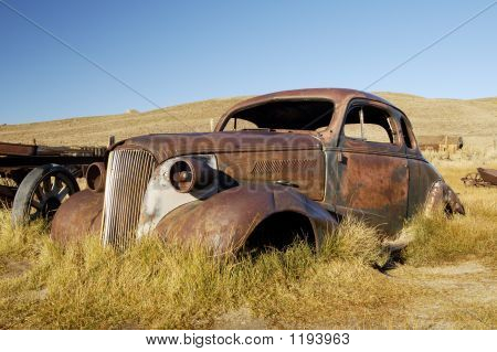 Rusty Old Coupe 1