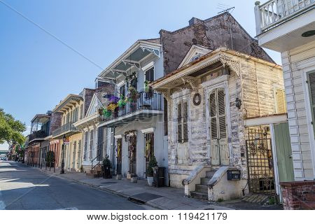 New Orleans, La/usa - Circa February 2016: Old Colonial Houses On The Streets Of French Quarter Deco