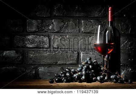 Bunch of grapes and wine