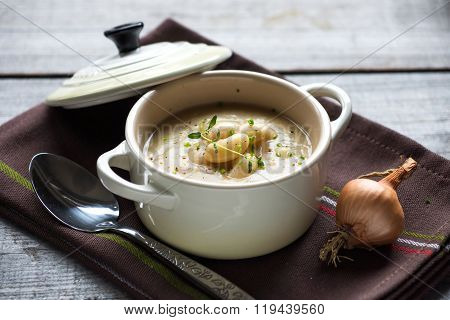 Creamy white bean soup