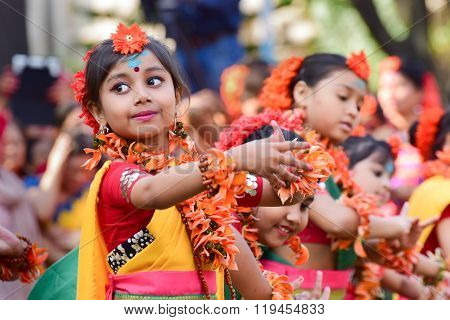 Girl Child Dancers Perforimg At Holi (spring) Festival In Kolkata.