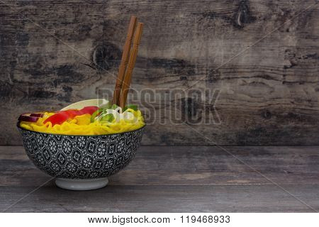 Thai noodles and curry