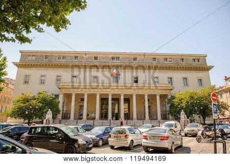 Cour D'appel D'aix-en-provence Palace Of Justice Of Aix-en-provence
