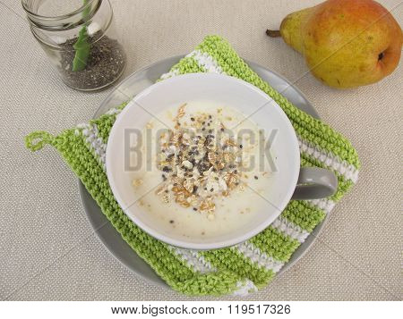 Muesli-Drink with chia seeds