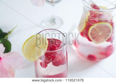 Lemonade With Fresh Raspberries