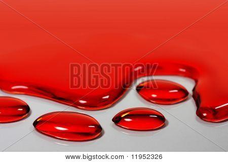 Granos rojos de la sangre o agua