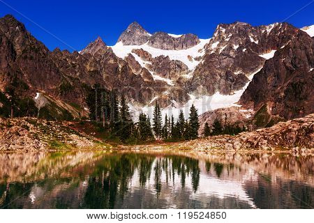 Ann lake and mt. Shuksan, Washington