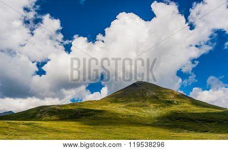 Tabletop Mountain In The White Mountains
