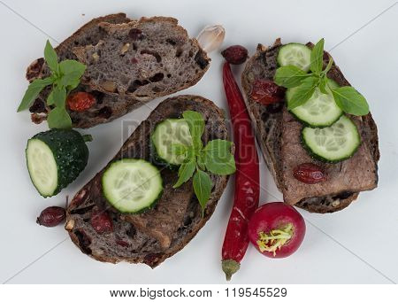 Healthy meat, cheese and vegetables sandwich on whole wheat bread