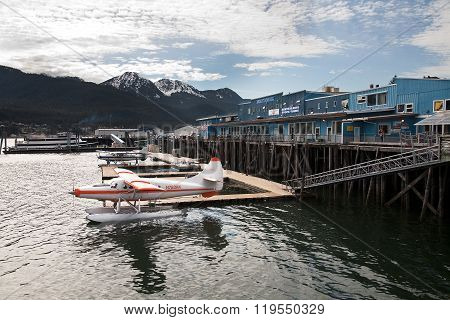 Seaplane at Juneu harbor