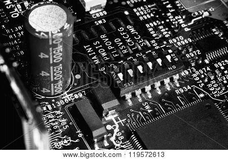B/w Motherboard With Jumpers