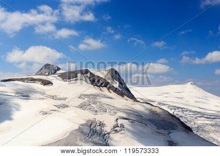 Venedigergruppe - Mountain Rainerhorn, Grossvenediger, Schwarze Wand And Kleinvenediger In Hohe Taue