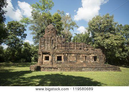 Thailand Isan Surin Ta Muean Temple