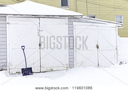 Garage, Winter