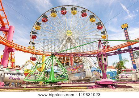 Ferris Wheel At Santa Monica Pier - Pacific Park