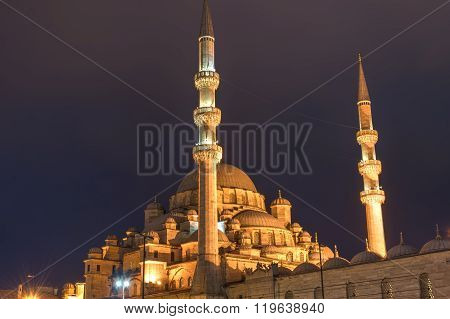 The New Mosque in Istanbul at night