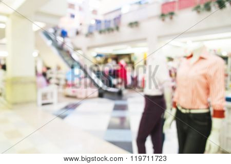 Blurred, de focus shopping mall, women clothes shop