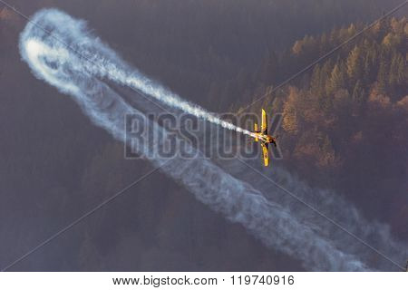 SPIELBERG, AUSTRIA - OCTOBER 25, 2014: Matt Hall (Australia) competes in the Red Bull Air Race.
