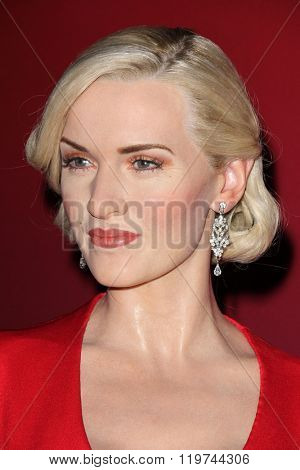 LOS ANGELES - FEB 25:  Kate Winslet Wax Figure at the Madame Tussauds Hollywood Unveils Kate Winslet Wax Figure at the TCL Chinese 6 Theaters on February 25, 2016 in Los Angeles, CA
