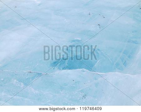 Icehouse on Elbrus