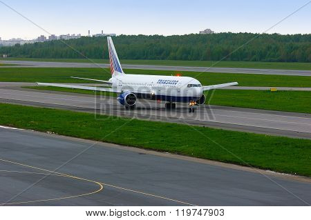 Transaero Airline Boeing 767-3P6Er Aircraft  In Pulkovo International Airport In Saint-petersburg