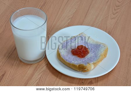 milk and slice bread mixed with taro topping jam