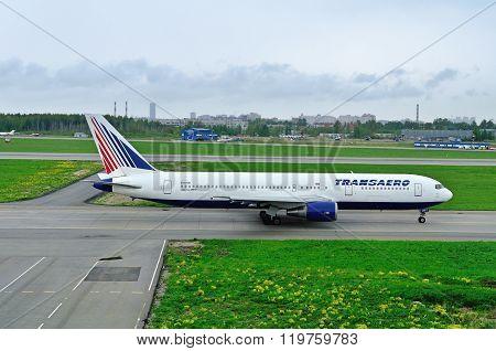Transaero Airline Boeing 767-3P6Er Aircraft  In Pulkovo International Airport In Saint-petersburg, R