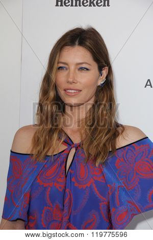 LOS ANGELES - FEB 27:  Jessica Biel at the 2016 Film Independent Spirit Awards at the Santa Monica Beach on February 27, 2016 in Santa Monica, CA